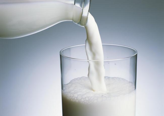 喝牛奶致癌?不能空腹喝?这些都是谣言