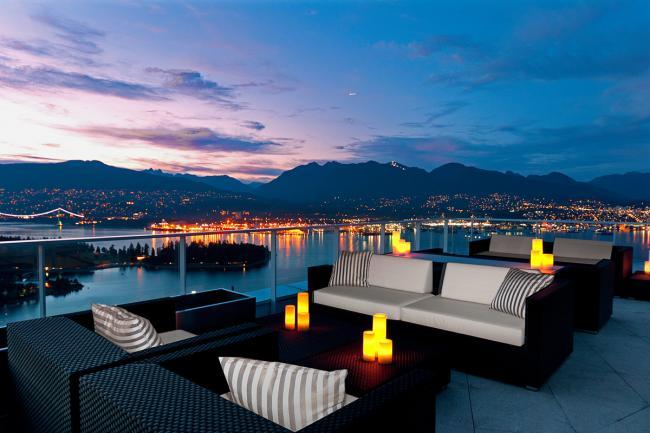 vancouver-real-estate-sales-fairmont-ph01-1011-west-cordova-street-01.jpg