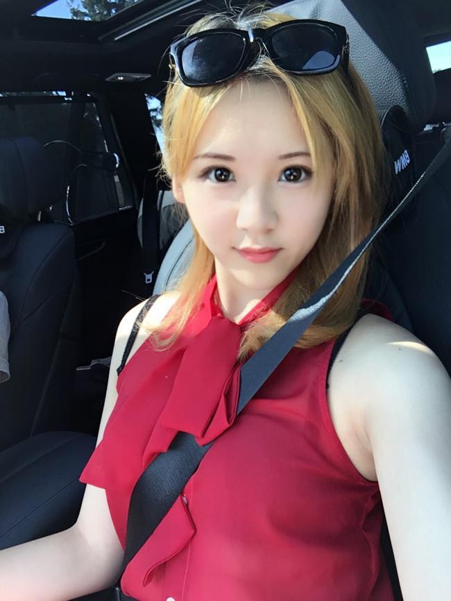 网红22号|英姿飒爽皇家空军美少女Vicky