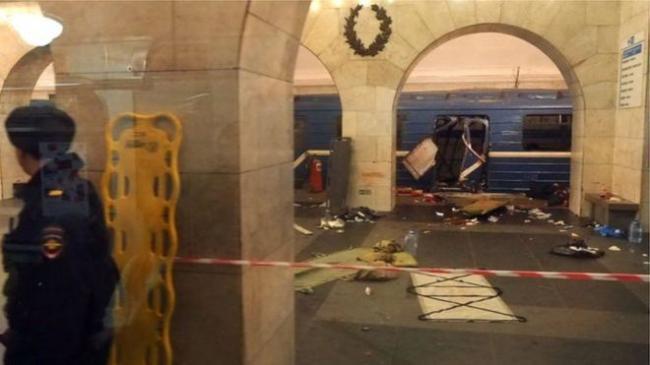 俄罗斯地铁爆炸已致10死50伤 炸弹内疑有钢钉