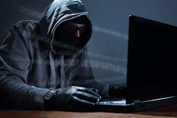20160901_hacker-600x400.jpg