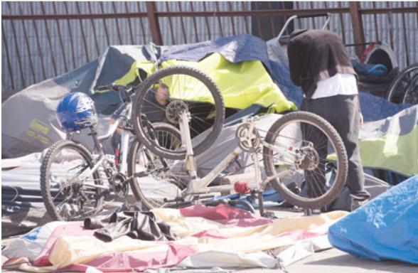 素里要扎营露宿者入住组合屋 提供160私人厕所