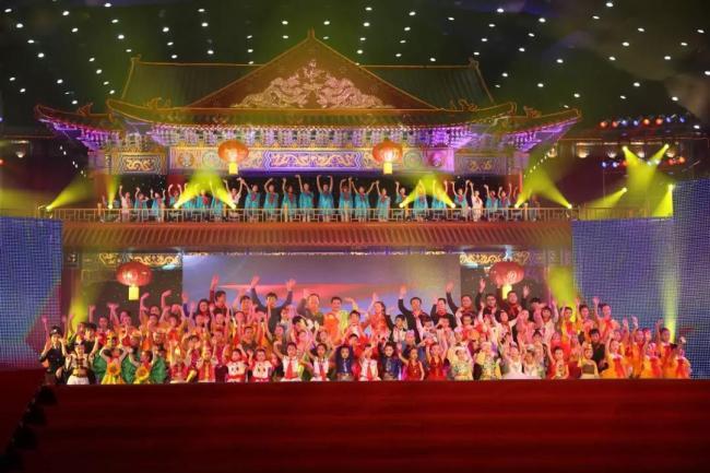 首届青少年华语春晚1.27温哥华上演 群星齐祝贺