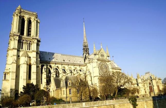 巴黎圣母院怎么重建?英法意可能打一架
