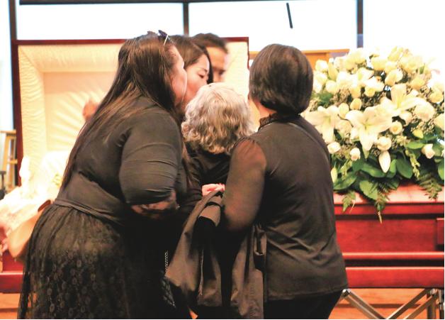 温哥华移民夫妇先后自杀,留下两幼子和67岁外婆