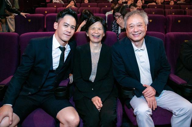 李安夫妇力挺儿子新片 对其全祼露臀惊讶