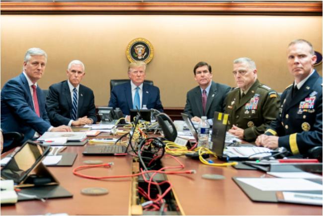 白宫战情室现场 反映川普、奥巴马大不同