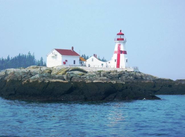 Lighthouse_on_Campobello_Island.jpg