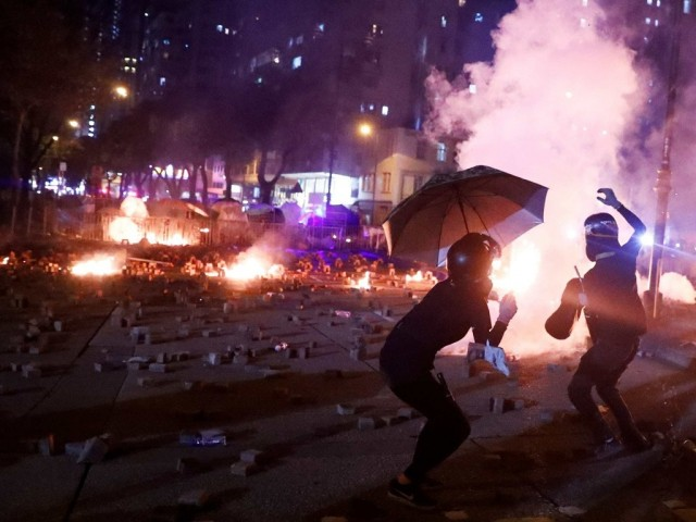 此时此刻 蔡英文需真正看看香港 想想台湾