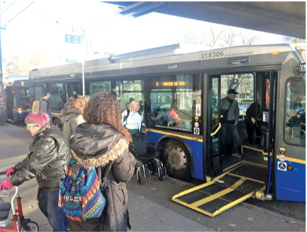 工會揚言全面癱瘓大溫巴士 學生們這下都慌了