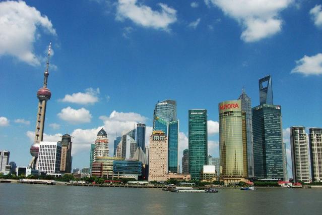 上海試點︰外籍人才可直接申請中國綠卡
