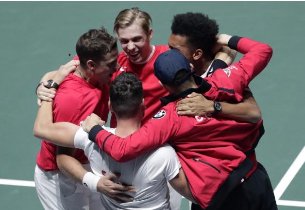 加拿大网球帅哥们创奇迹 险胜俄罗斯进戴维斯杯决赛