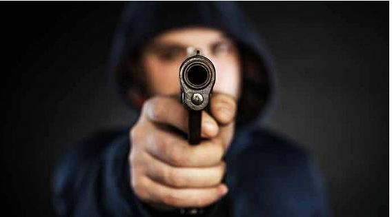 残忍:温哥华老人遭入室抢劫 被歹徒头部暴击
