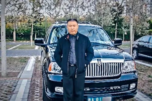 中国亿万富豪温哥华几乎被碎尸万段,凶手判误杀