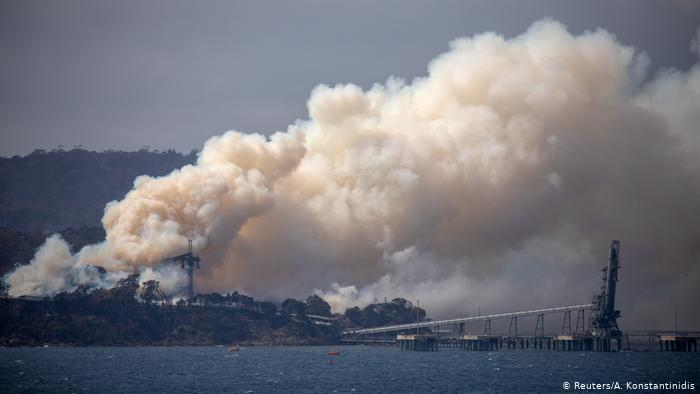 Australien Waldbrnde | Eden Woodchip Mill (Reuters/A. Konstantinidis)