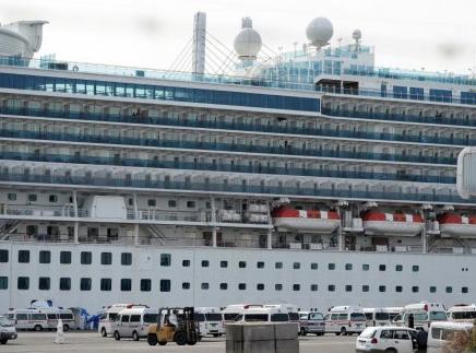 加拿大决定派包机 接走滞留在邮轮上的公民