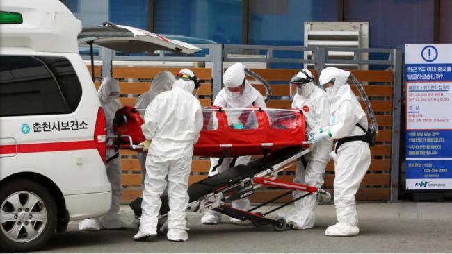 韩国疫情吃紧:1天新增229例 累计433例 两死