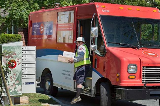 疫情下 加拿大邮政照常处理中国大陆邮包