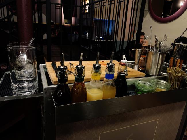 cocktailcart.JPG