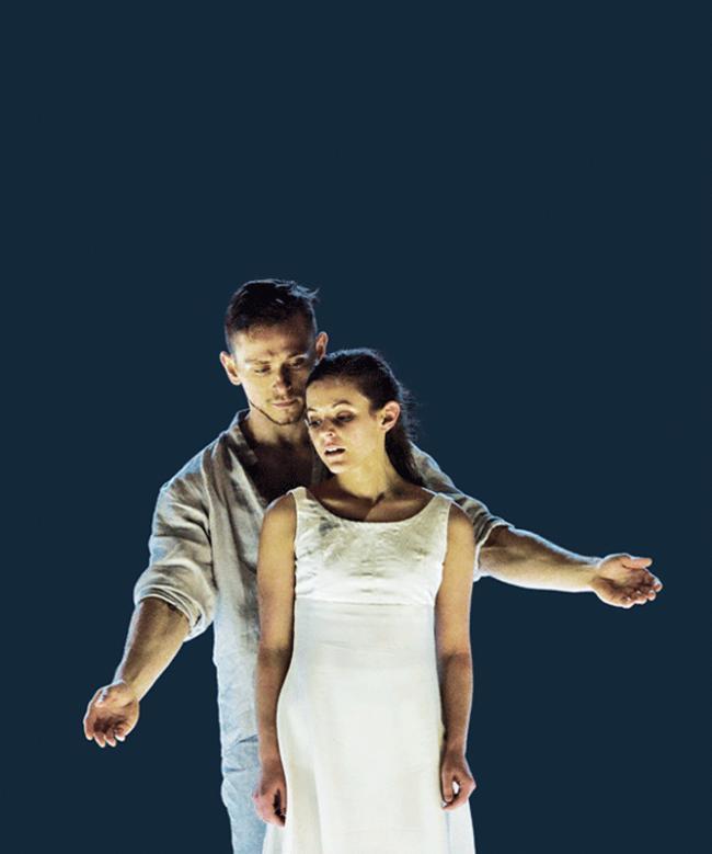 Ballet-BC-Dancers-Brandon-Alley-and-Emily-Chessa-in-Romeo-Juliet_20022018_238-photo-Michael-Slobodian-BACKGROUND-vertCMYK-blog-2.png