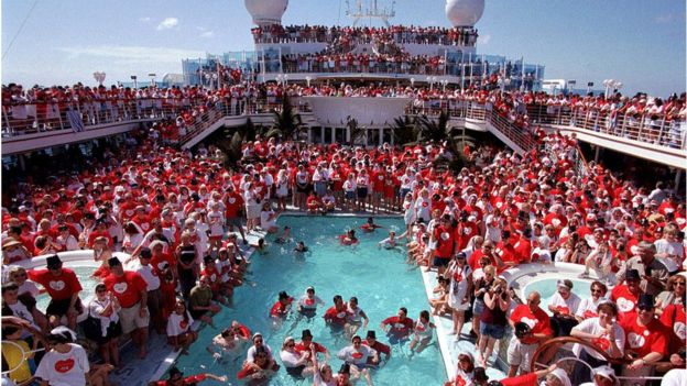 More than a thousand couples renew their vows at sea aboard Grand Princess, the largest cruise ship in the world on February 9, 1999