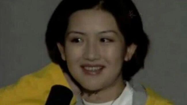 谢娜短发发型图_谢娜22年前旧照曝光 满脸胶原蛋白秀气端庄 - 娱乐风暴 - 温哥华港湾