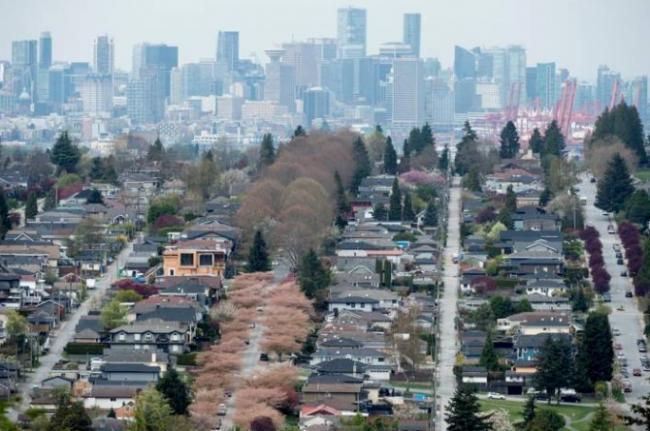 加拿大房市跌落悬崖 买房好时机来了?权威解答