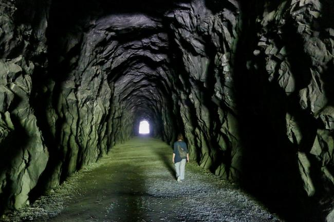 british-columbia-othello-tunnels-coquihalla-canyon-provincial-park.jpg