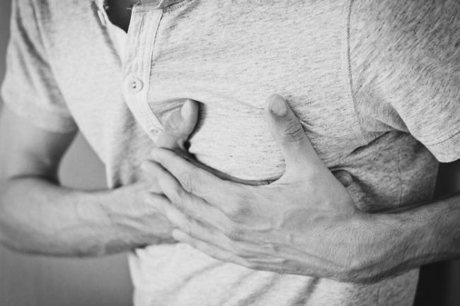 heartache-1846050_1280-696x464.jpg