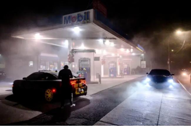 美国宣布进入紧急状态!加拿大油价大受影响