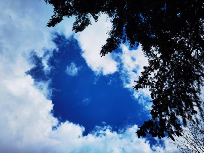 温哥华的天空.jpg