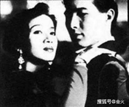 梅艳芳前男友自曝曾恋上王菲 因戏生情爱而不得