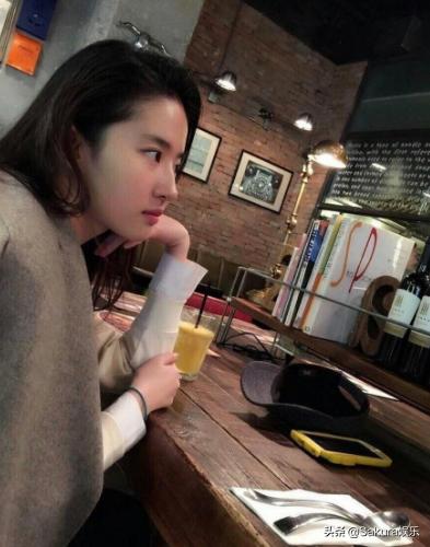 围观神仙姐姐9年不发朋友圈 刘亦菲怎么做到的?