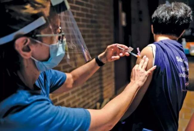 加拿大出国旅游必知:哪些国家不认疫苗混打?