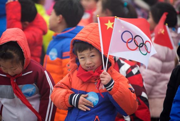 关系紧绷 最新民调:64%加拿大人抵制北京冬奥
