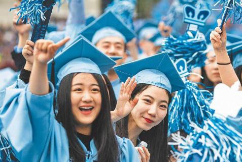 美国边恢复中留学生签证 边收紧高科技领域审批