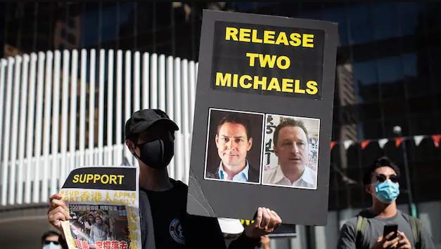 加拿大两名麦克即将被拘押1000天 妻子发起游行