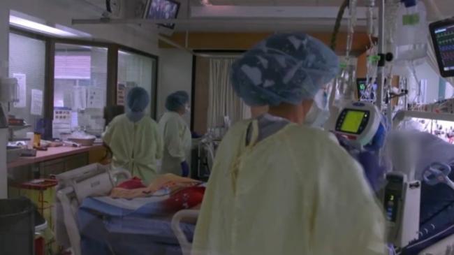 covid-19-hospitalizations-1-5581379-1631326848066.png