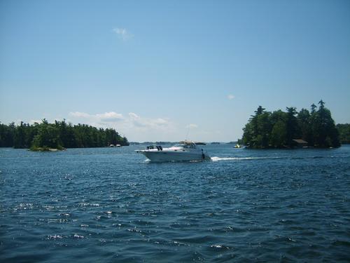 (组图)太美了!碧波荡漾的加拿大千岛湖