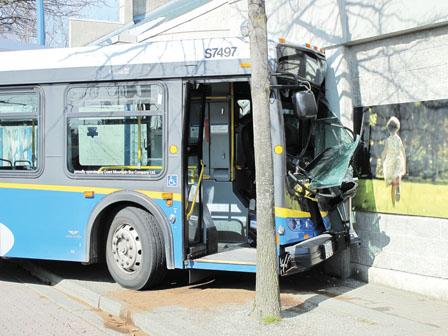 双层巴士结构图