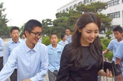 韩国美女教师