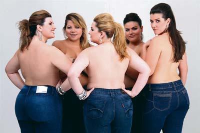 时尚界也尝试让胖模特儿展示
