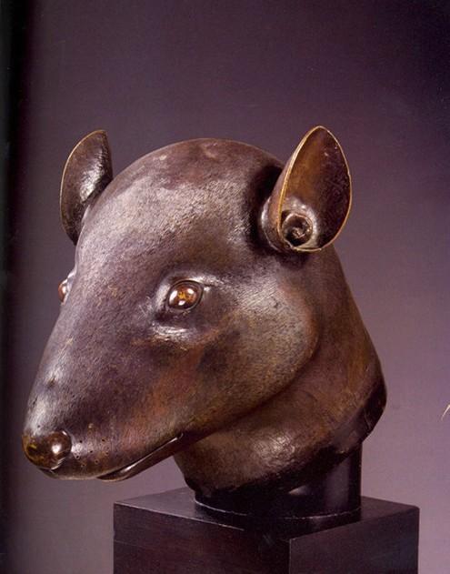 圆明园龙首铜像-法巨商将向中国捐赠圆明园流失鼠首和兔首