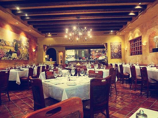 Сٻ������������CinCin Restaurant
