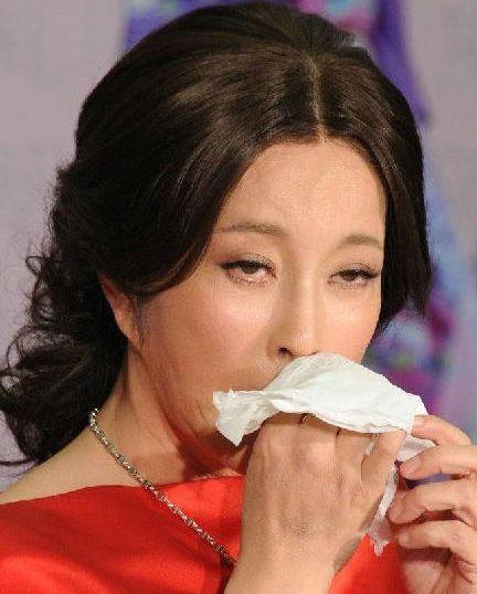 近60岁刘晓庆素颜老态照让人大跌眼镜