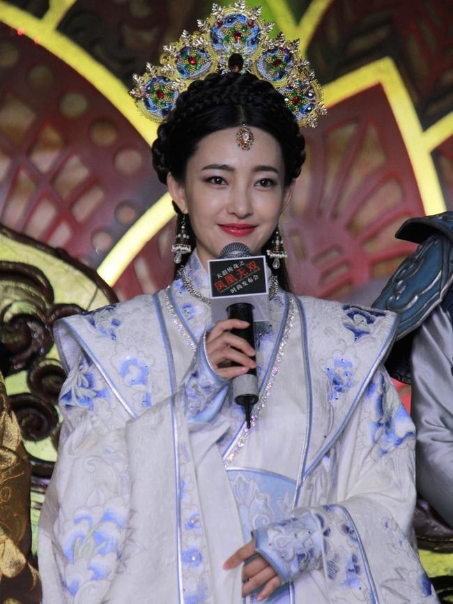"""""""素颜女神""""王丽坤再着古装娇美无限"""