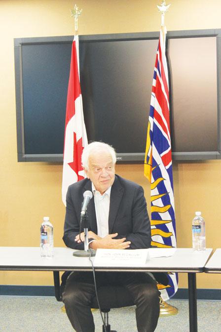 加拿大移民新政策 麦家廉11月揭盅