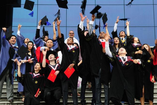 利好:移民新政欢迎中国人,鼓励留学移民!