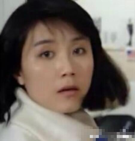她演《北京人在纽约》爆红 姜文一句改变她一生