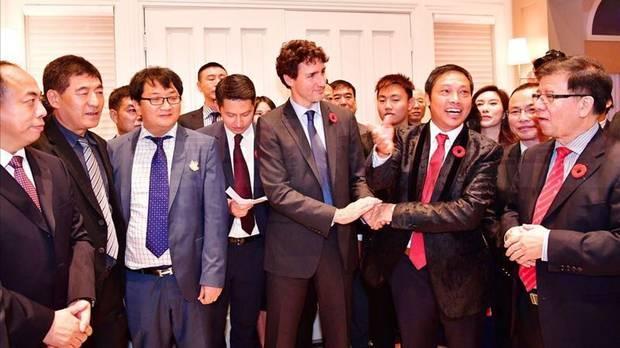 加媒揭华人富商一掷千金同总理吃饭 为了什么?